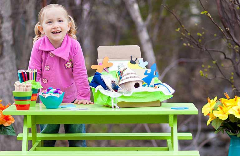Green Kids Crafts Subscription Box For Kids