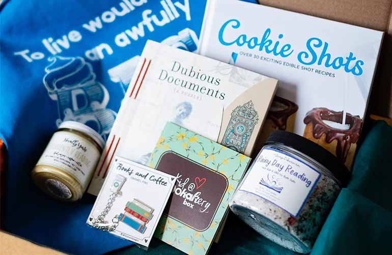 Bookakery Boxes Book Subscriptions For Kids